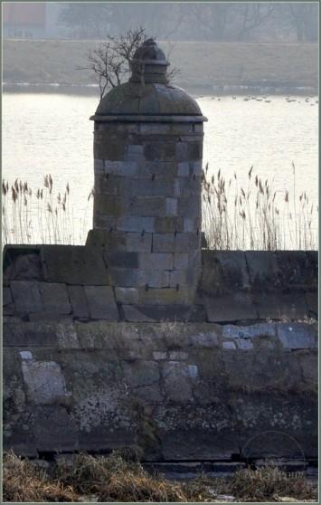 Śluza Kamienna - jedna z czterech Kamiennych Dziewic